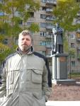 У памятника Пушкину в Братске